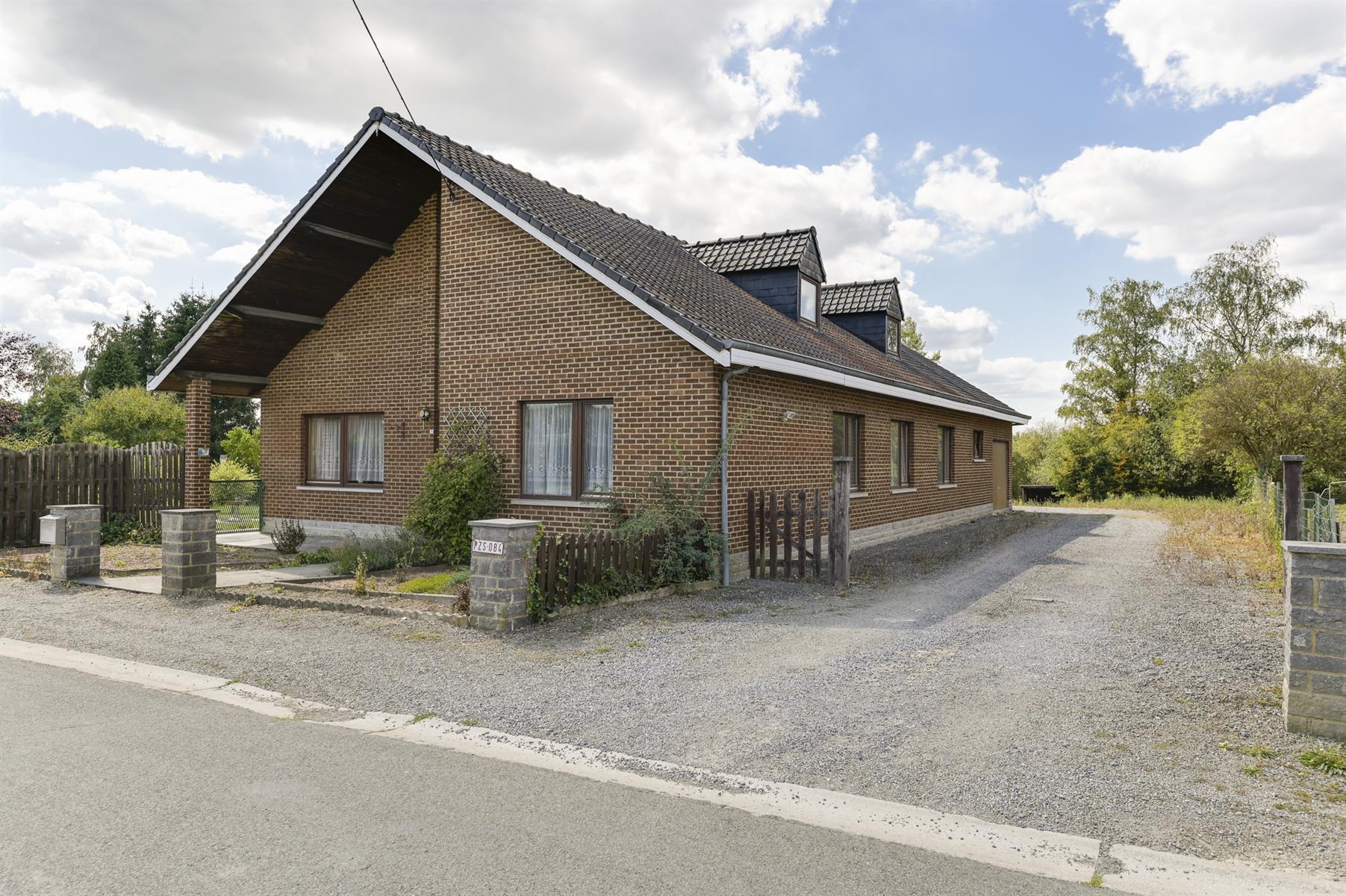 Huis - Houyet Wanlin - #3883377-3