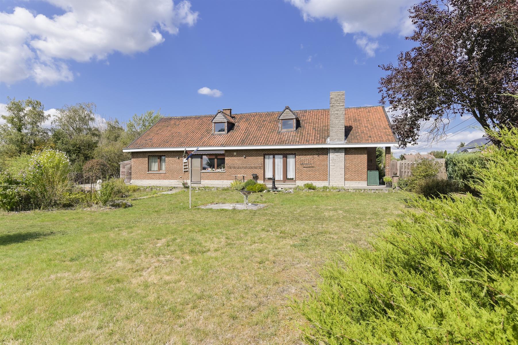 Huis - Houyet Wanlin - #3883377-0